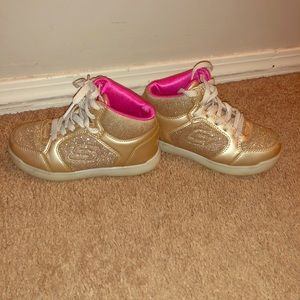 Girls Gold Sketcher Energy Lights Sneaker